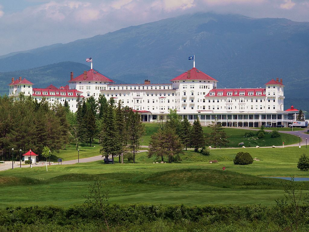 NH Travel Agent Tips: What Are The Best Hotels For Fall Colors?