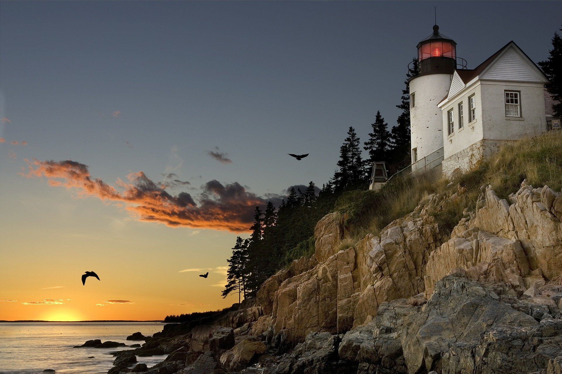 bar harbor lighthouse-540792_1920